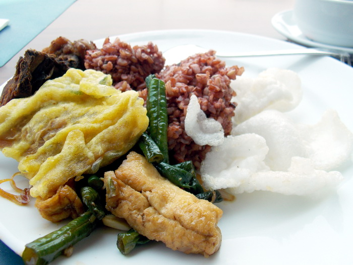 MakanSiangWithAston (1)