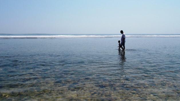 Pantai (2)