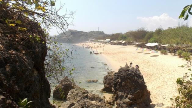 Pantai Sundak (10)