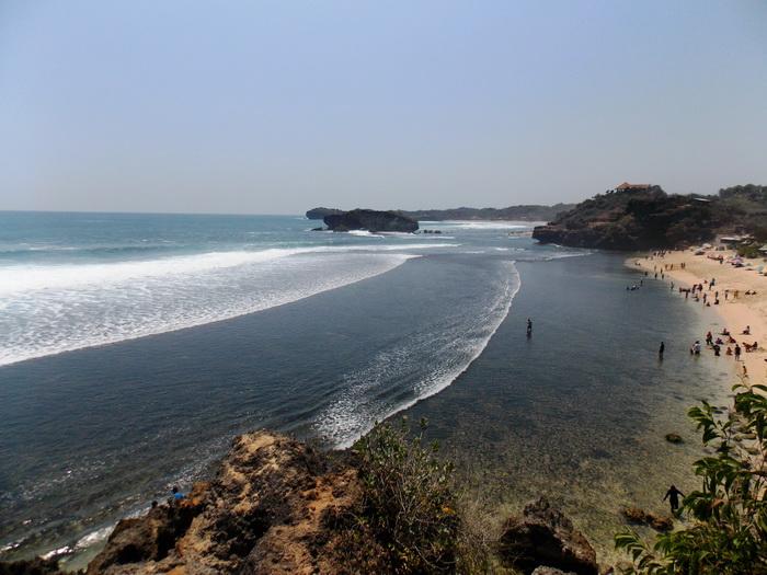 Pantai Sundak (11)