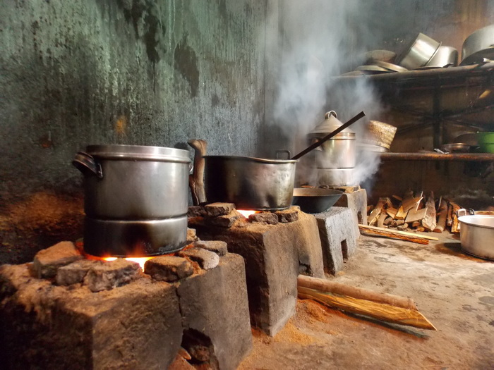 Centra Pembuatan Nasi Liwet (10)