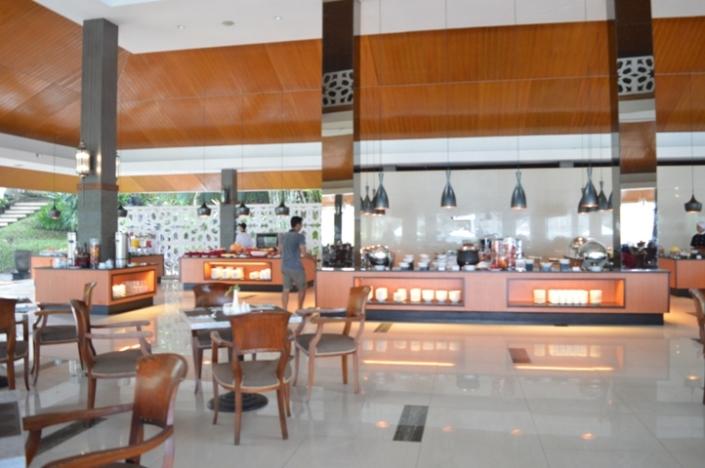 Breakfast Puri Asri Resort (10)
