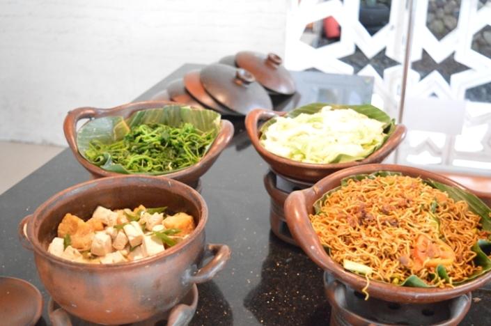 Breakfast Puri Asri Resort (8)