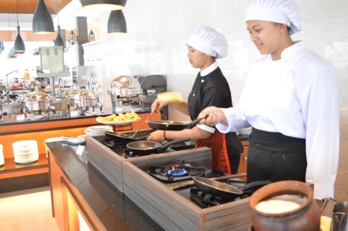 Breakfast Puri Asri Resort (9)