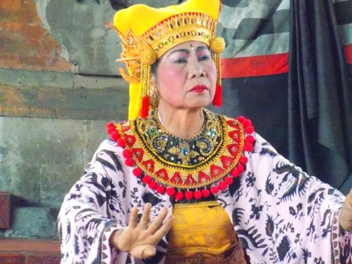 tari-barong-bali-28