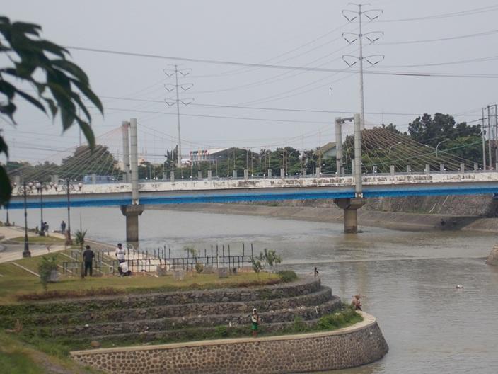 wisata-banjir-kanal-3