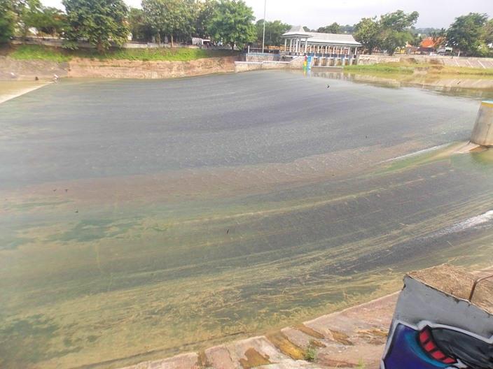wisata-banjir-kanal-7